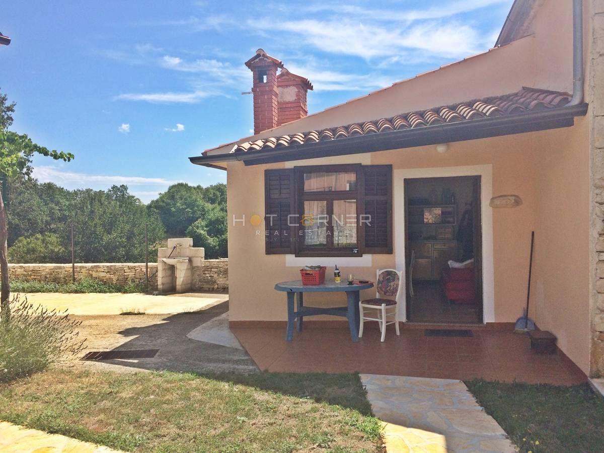 Sommerküche Haus : Immobilien in bulgarien ein festes haus mit drei großen zimmern
