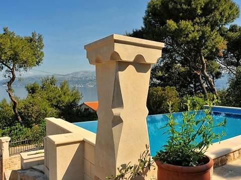 Prelijepa vila s bazenom na otoku Braču