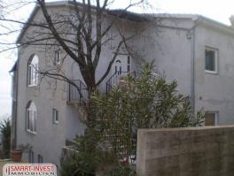 VEPRINAC, kuća s 3 stana
