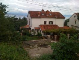 IKA, kuća s dvije stambene jedinice *PRILIKA*