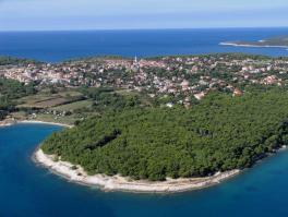 MEDULIN, građevinsko zemljište 1. red do mora