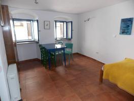 LOVRAN, stan u staroj jezgri od 28 m2 *PRILIKA*