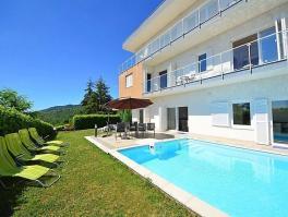 IČIĆI - POLJANE, prekrasna kuća od 272 m2