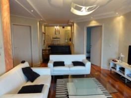 IČIĆI, luksuzno uređen stan od 100 m2