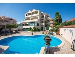 Vodice luksuzna villa sa bazenom, pogled na more