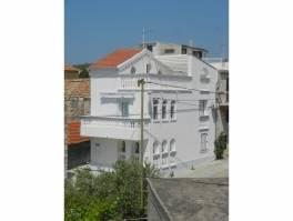 Vodice, centar, obiteljska kuća s panoramskim pogledom