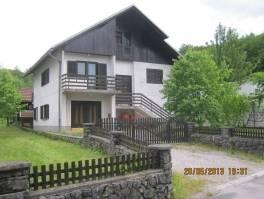 Kuća: Brod na Kupi, katnica, 250 m2