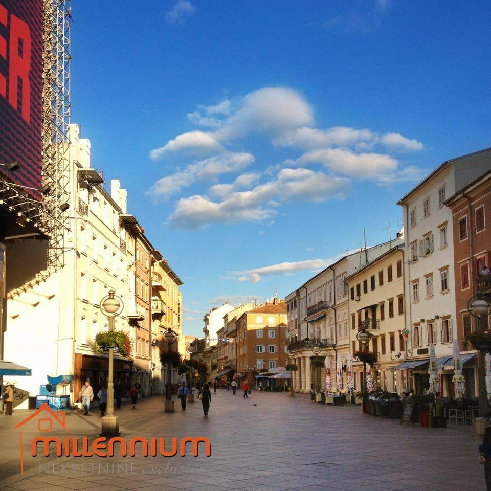 Rijeka, Centar, 18m2, trgovina, 22.000€