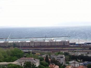 Rijeka, Podmurvice, dvosobni stan s panoramskim pogledom, 55.000€/hrk