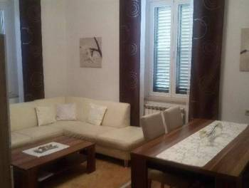 Rijeka, Banderovo, moderno uređen 3-sobni stan s db