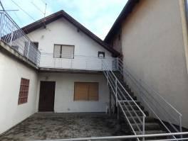 Obiteljska kuća, 175 m2, 2 etaže, terasa, garaža, dvorište!!!