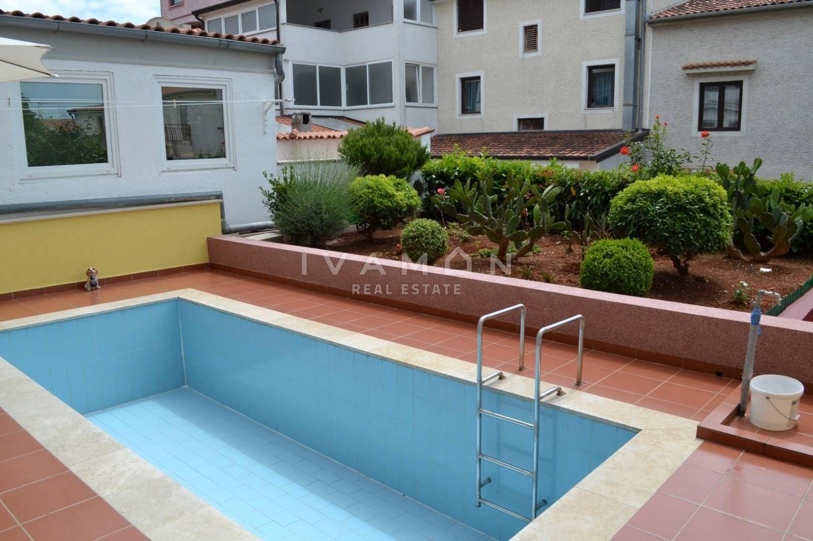 Cool piscina in giardino with piscina in giardino - Quanto costa costruire una piscina ...