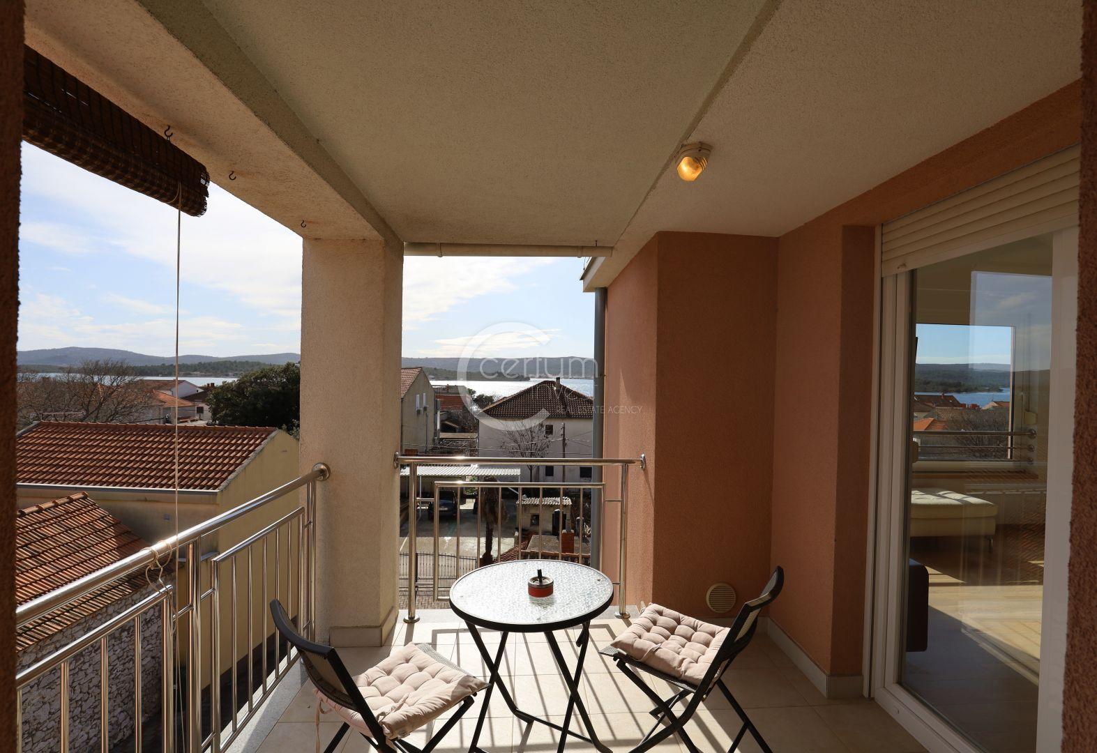 TURANJ; penthouse s pogledom na more,128m2