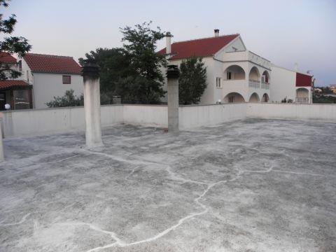 Zadar, Ploča, kuća sa 5 stanova