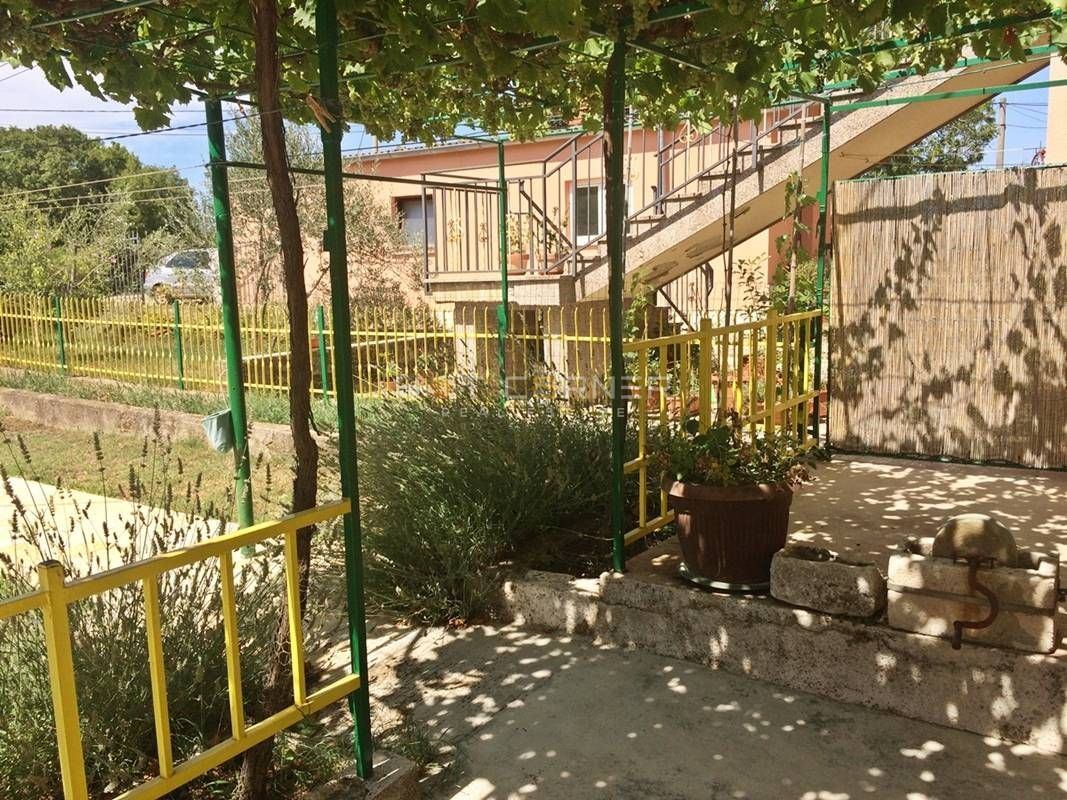 Sommerküche Haus : Top gepflegte villa mit pool und sommerküche homebooster