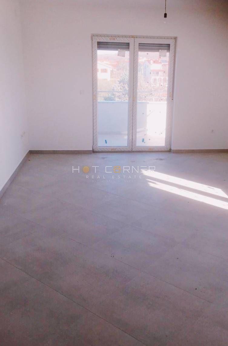 Medulin, Zentrum, exzellente Lage, 2 Schlafzimmer, Neubau
