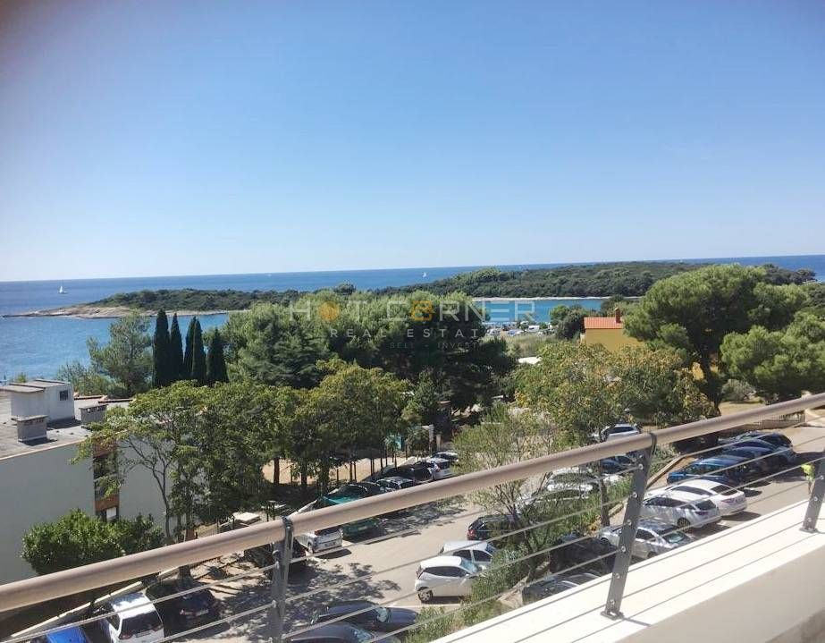 Banjole, luksuzni stan uz more, ogromna terasa sa fantastičnim pogledom na more