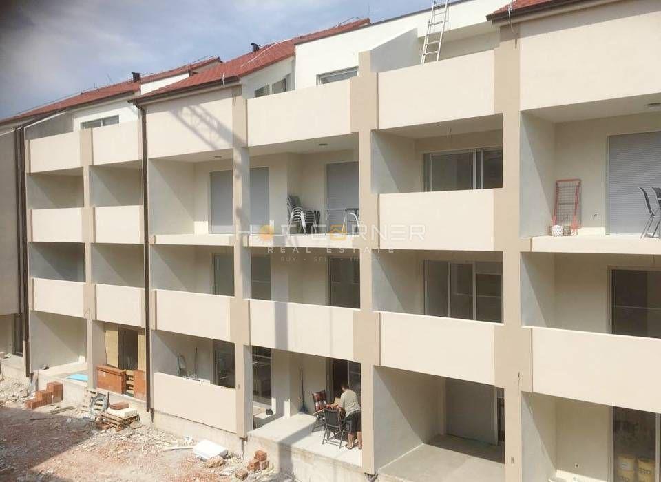 Medulin, nov stan, jedna spavaća soba, velika terasa, pogled na more