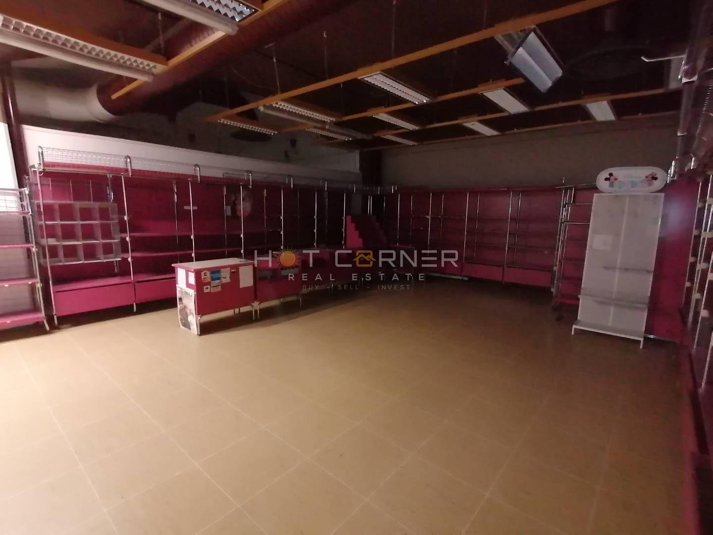 Umag, strogi centar, 1.kat - 81,52m2