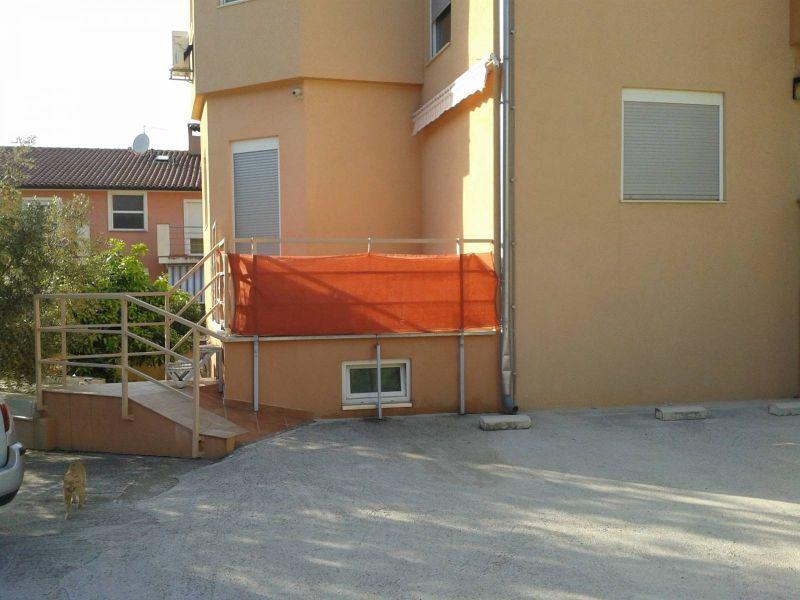 Vinkuran, idilična lokacija, 100 metara od mora, prekrasno opremljen apartman