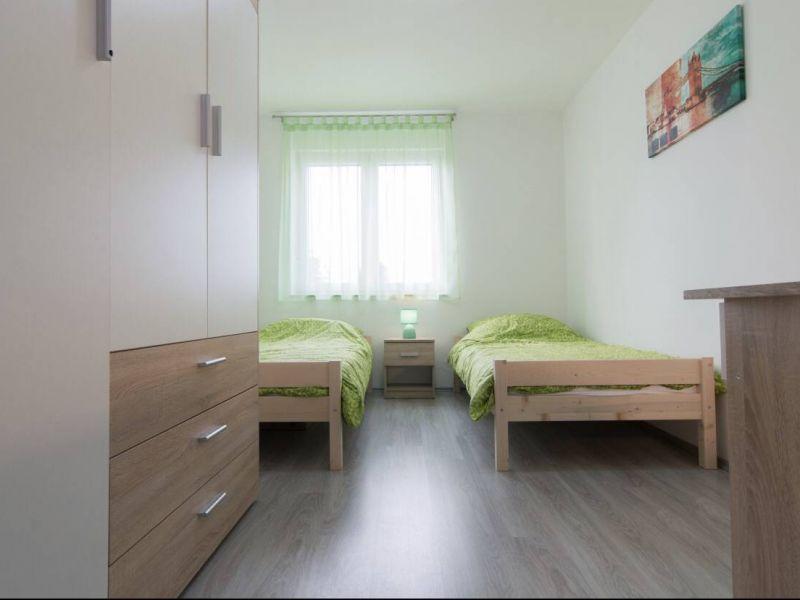 Pula, Kaštanjer - 1.kat, 67m2, 2SS + DB, GARAŽA - NOVO NAMJEŠTENO _ EKSKLUZIVA