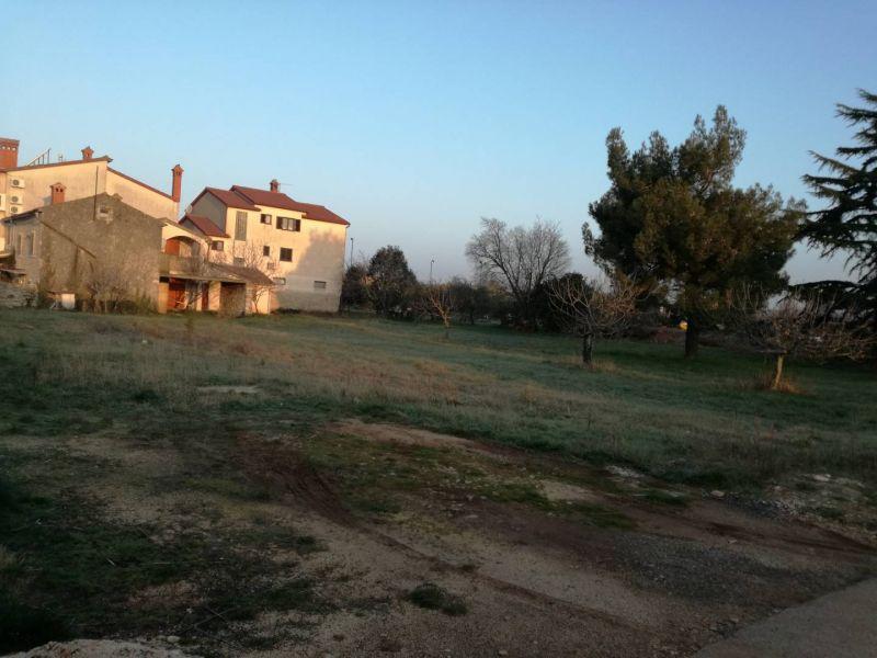 Fažana, Valbandon - građevinska parcela 1940m2