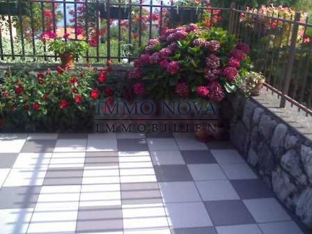 Volosko, Veliki komforni stan u prizemlju sa kućnim vrtom