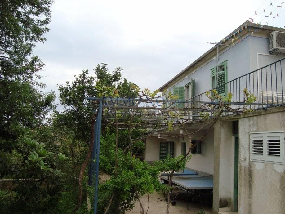 Kuća s otvorenim pogledom 2. red do mora
