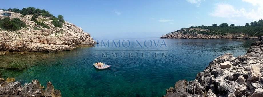 VERKAUFT!   Insel Hvar-Haus in traumhafte Alleinlage direkt am Meer