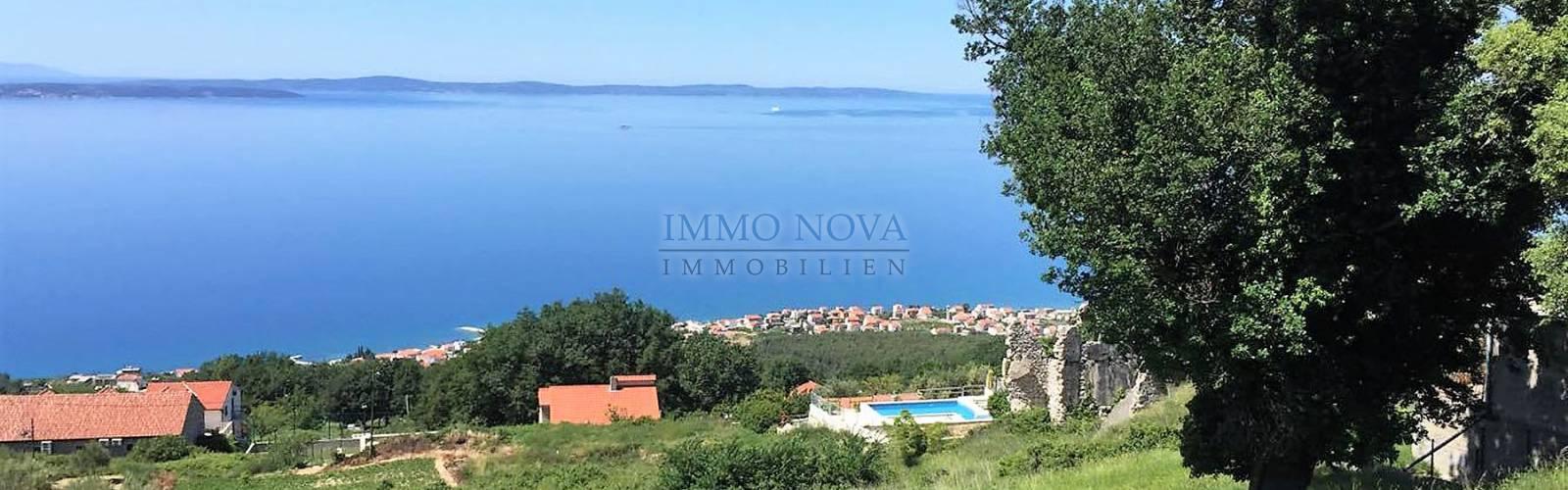 PRODANO! Kuća s bazenom i panoramskim pogledom kod Splita