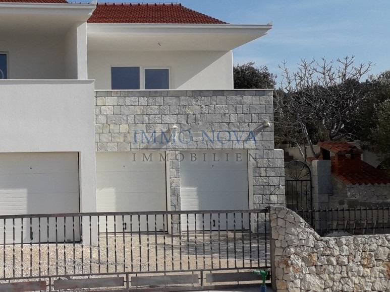 Newly built object 50m from the beach, panoramic view