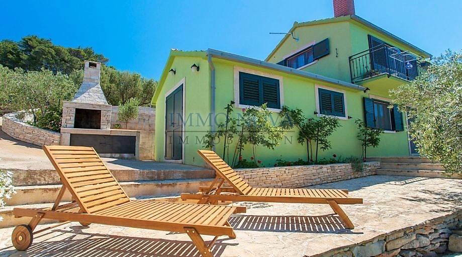 Kuća na Korčuli s panoramskim pogledom