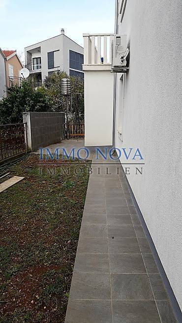 Ground floor apartment with garden, 30 meters from the beach