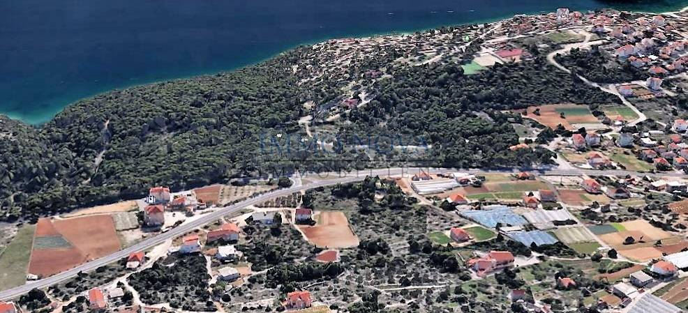 Prodaja: Građevinsko zemljište kod Trogira