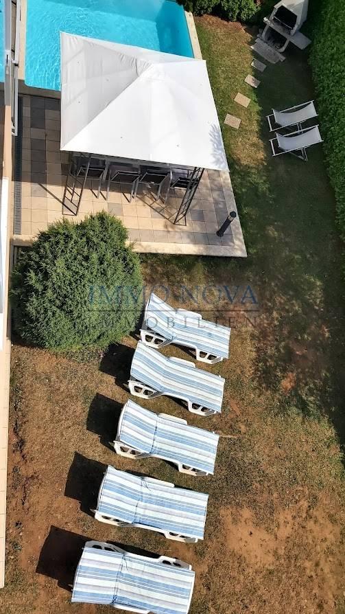 Ičići, Poljane kuća sa bazenom i jedinstvenim pogledom na Kvarner