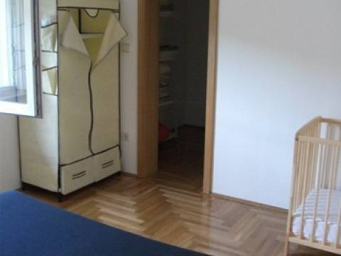 Apartman Sutivan