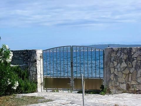 Kuća na Pašmanu - na plaži!
