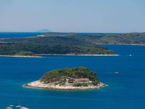 A luxury apartment for sale - town of Hvar
