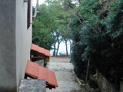 Apartman s pravom nadogradnje 30 metara od mora