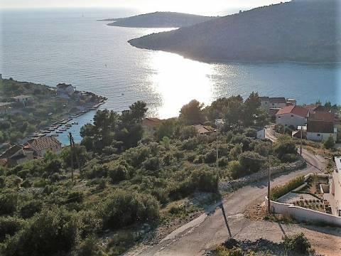 Građevno zemljište s panoramskim pogledom na more
