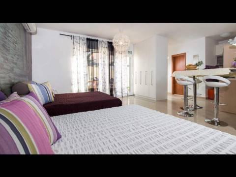 Atraktivan apartman s vrtom, grad Hvar, Immo-Nova
