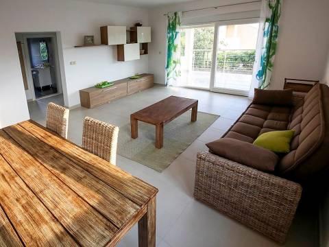 Nova kuća na prodaju u okolici Rogoznice