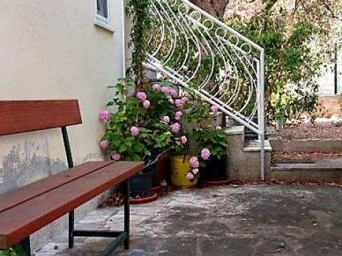 Apartman s vrtom na prodaju, Supetar, Brač Immonova