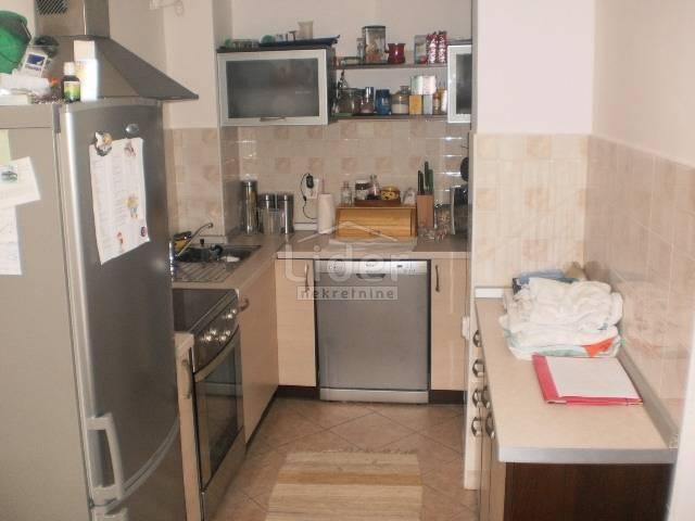 Donja Vežica, 2S stan sa dnevnim boravkom, Stan  Lider nekretnine Rijeka