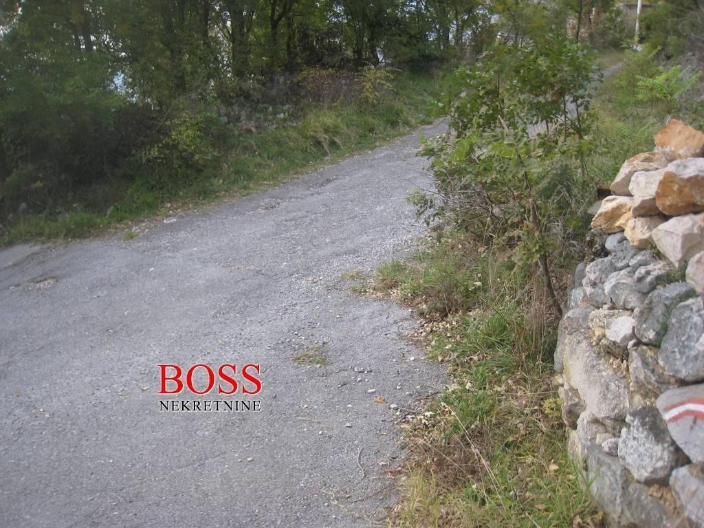 BRIBIR, GRAĐEVINSKO ZEMLJIŠTE, 2200m2, 70.000 EUR/KN