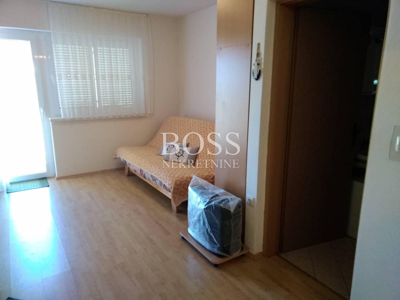 Apartman 2S+DB, 100m od plaže