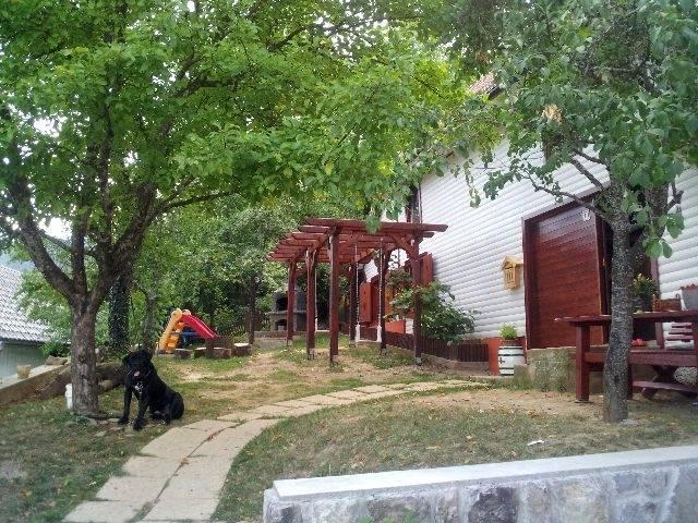 Velika Lešnica, Delnice, 120m2