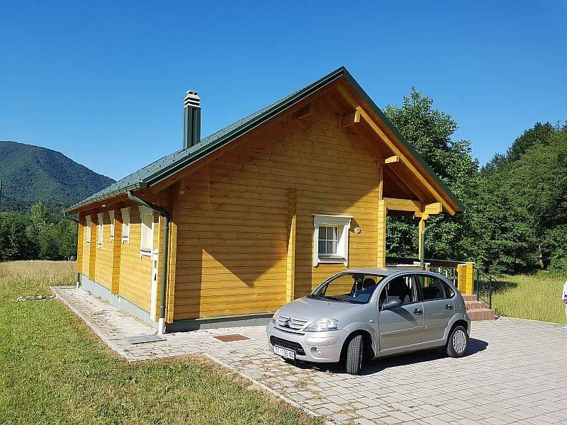 Hütte Brod na Kupi, Delnice, 130m2