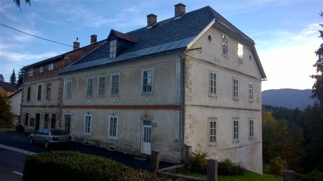Gorski kotar, Vrbovsko, velika kamena kuća