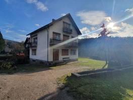 Gorski kotar, kuća i gospodarska zgrada